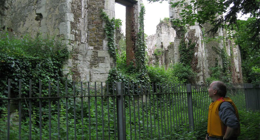 Betchworth Castle - Making Hearts Beat Fast: Scariest Places in Surrey